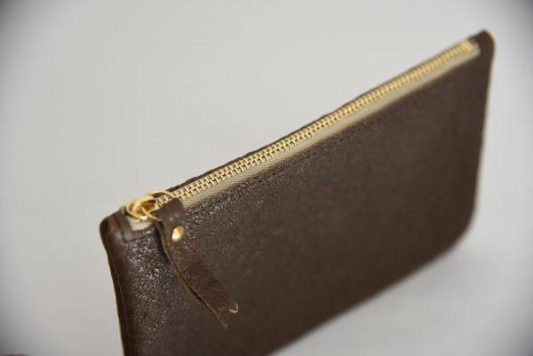 ouvrage-atelier-saint-loup-pochette-make-up-cuir-veau-2