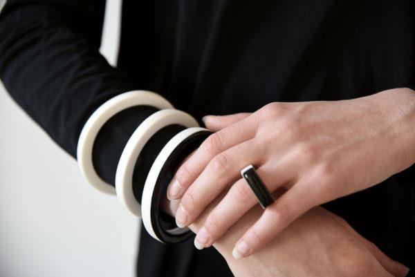 Vesna Garic bracelet porcelaine galerie boutique ouvrage aix en provence
