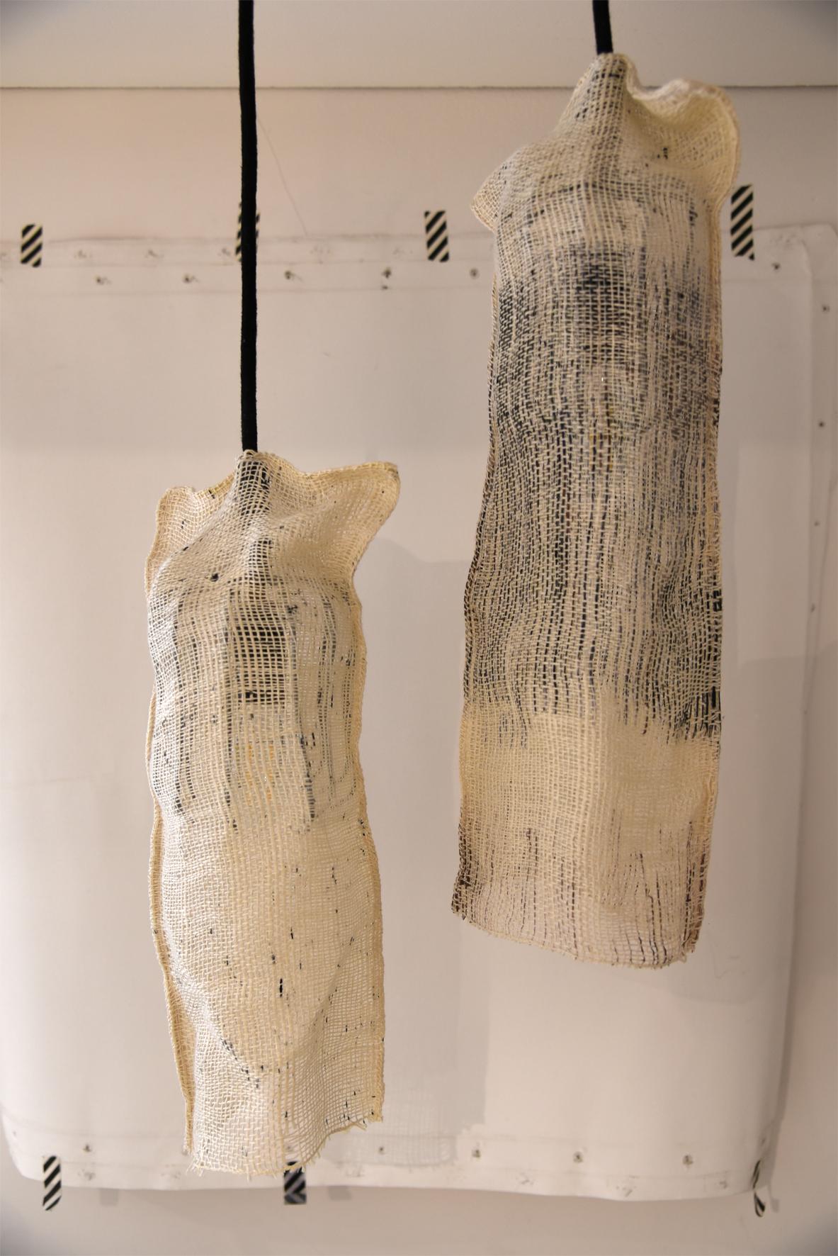 Suspension tissée en lin Agnès Dosmas Krier galerie boutique ouvrage aix en provence