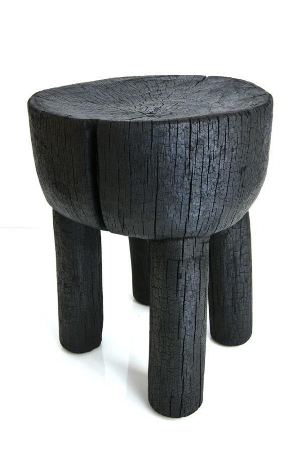 Tabouret éthnique Bois brûlé Sébastien Krier wabisabi galerie boutique ouvrage aix en provence