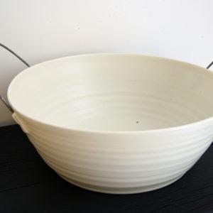 Saladier anse métal Porcelaine Nathalie Audibert Céramique ouvrage boutique créateur
